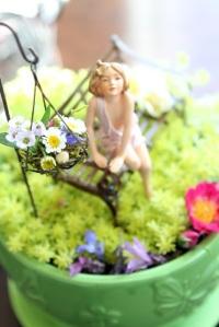 fairy-in-tea-cup-2