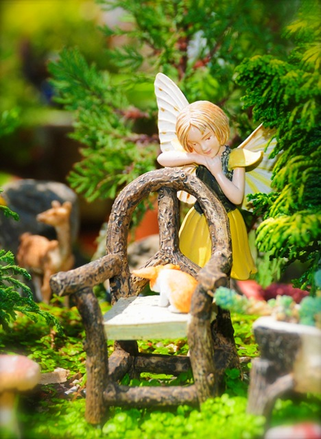 fairy-resting-on-chair