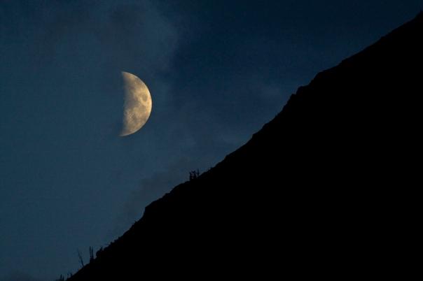 _MG_5069 Moonset web